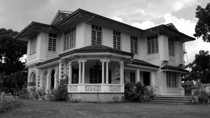 Budowa domu na gruncie należącym do małżonka