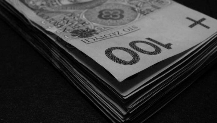 O czym warto pamiętać pożyczając pieniądze?